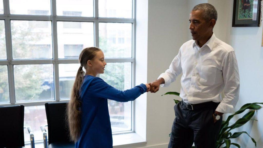 Barack Obama Greta Thunberg ile takıldı ve görkemli bir selamlaşma paylaştı