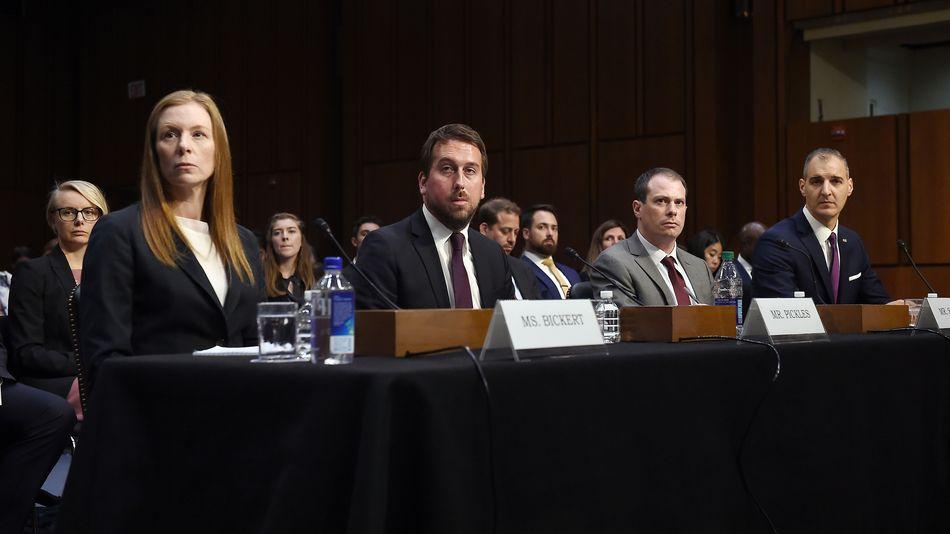 ABD senatörleri aşırıcı içerik üzerinde Facebook, Google ve Twitter'ı Eleştiriyor