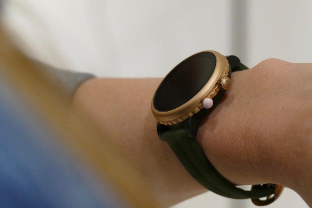 Kate Spade Sport İnceleme: Kompak WearOS Akıllı Saat