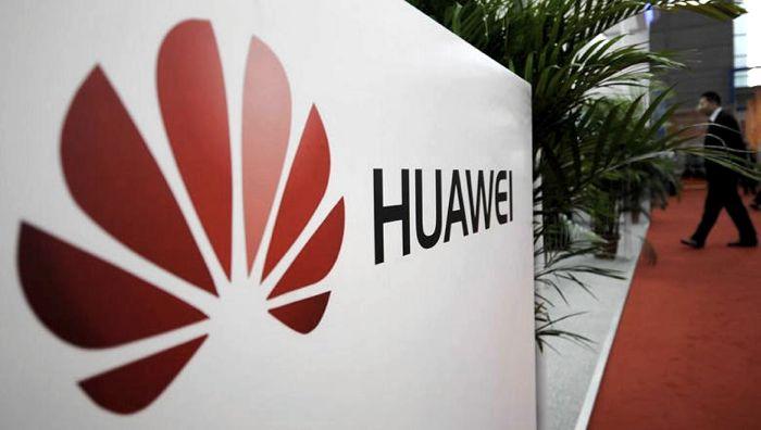 İngiltere Huawei'yi Ülkesinden Kaldırıyor
