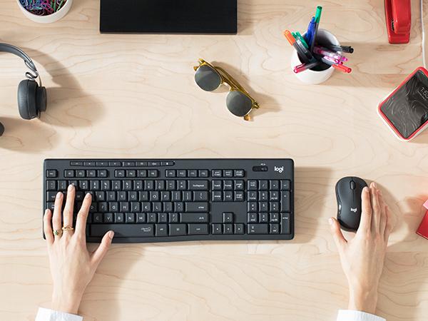 Logitech'in Yeni Sessiz Kablosuz Klavye & Mouse Seti
