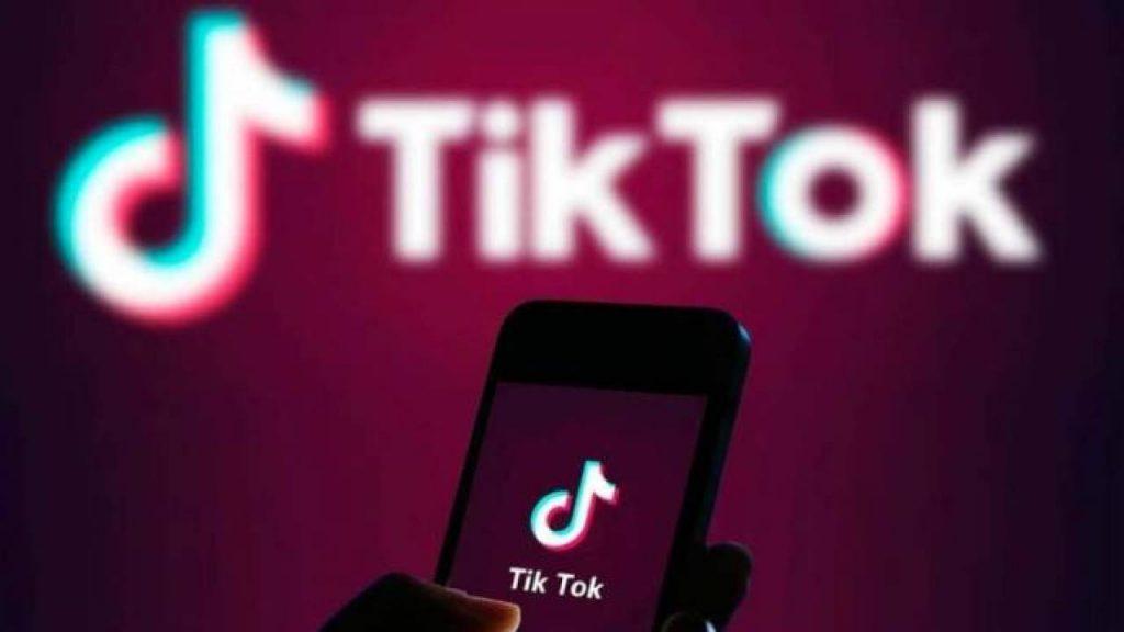 TikTok'tan yeni yıla özel canlı yılbaşı eğlencesi!