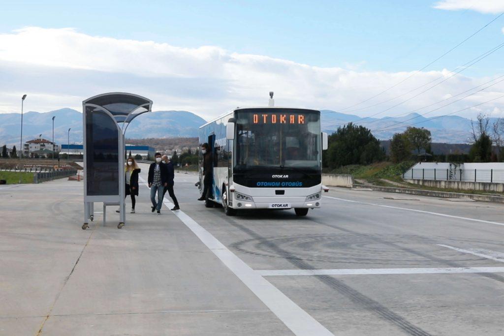 Türk Üretimi OTOKAR Sürücüsüz Otobüsleri Testleri Geçti!