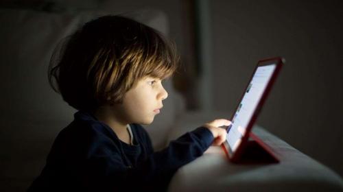 Çocuklarda teknoloji kullanımında bu uyarılara dikkat!